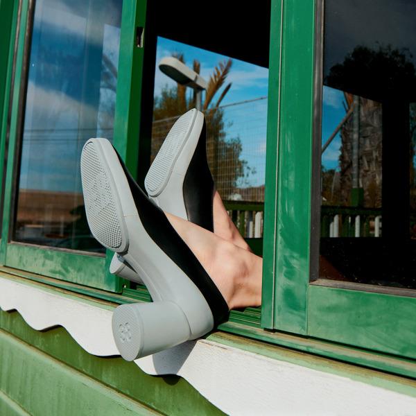 Camper Upright Black Heels Women K200876-007