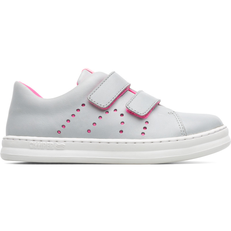 Camper Runner, Sneakers Kids, Grey , Size 25 (US), K800358-006 - Upper: Leather (Calfskin) Color: Light gray Outsole/Features: Stitched rubber outsole for durability and good grip Velcro straps for easy fit Insole: OrthoLite for cushioning Lining: 43% Fabric (60% PU resin - 40% Spandex) 35% Cotton 22% Fabric (100% Recycled PET) Leather Working Group Certified - Light gray full-grain leather sneaker for kids with stitched rubber outsole and pink details. Our Runner boys\\\' sneakers are a miniature version of our original sport style. A fun, laid-back look that\\\'s great for all-day play.