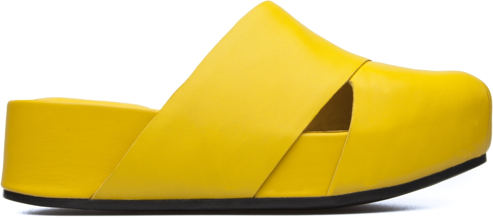 Camper Isamu Yellow Platforms / Wedges Women K200322-002